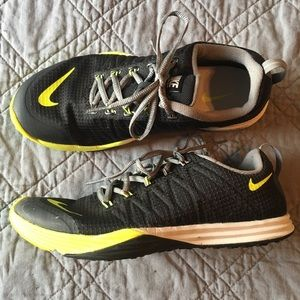 NIKE Lunar Cross Element Black/Yellow Women's 8.5